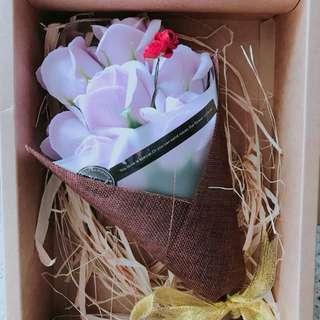淺紫色香皂玫瑰花 情人節 情人節禮物