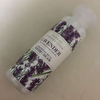 Floral Collection Lavender Moisture Rich Bath Cream 75ml
