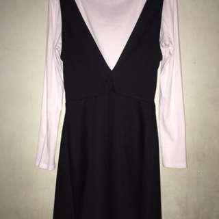 H&m black back dress
