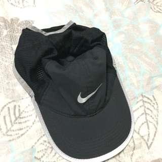 Original Nike Featherlight Dri-Fit Cap