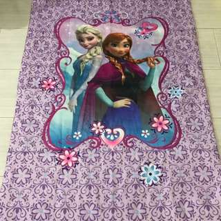 Instock authentic frozen kids blanket 3 sets only no restock !! Ht 150cm wt 110cm brand new