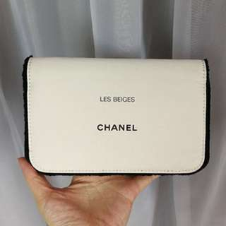 CHANEL BEAUTY CLUTCH (OFF-WHITE)