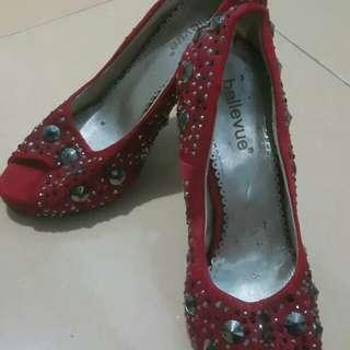 Sepatu wanita manik2