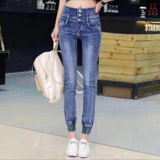 🚚 [韓版]🎀全新品//[零碼出清價格]☝️優質感牛仔褲👖高腰顯瘦刷白版 🎉🎉