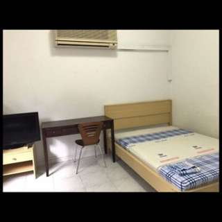 common room for rent near buona vista MRT - only indian female