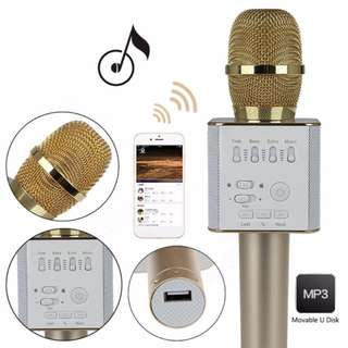 Q9 KTV Microphone With Speaker - Brand New In Black Case!