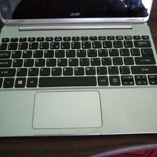 Acer Switch 10 Quadcore 2gb ram, 500gb