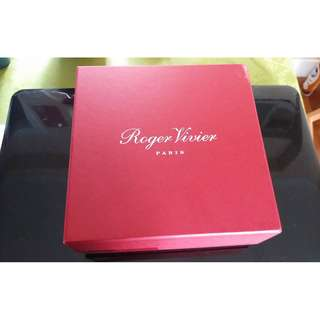 Roger Vivier 原裝皮帶禮盒 吉盒 hermes franche lippee tsumori chisato chloe chanel scarf box
