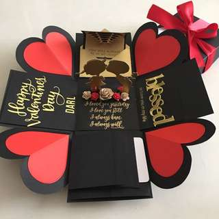 Valentine explosion box with 4 waterfall in black , gold & red