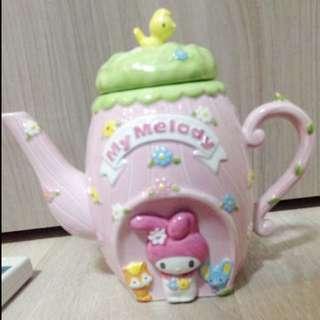 Sanrio My Melody tea pot