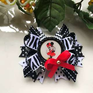 Handmade Grosgrain Ribbon Minnie Mouse Bottle cap hairbow/ hair clip/ hair bow/ hairclip/ hair tie/ hairtie