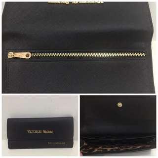 Victoria's secret wallet plus shippingfee