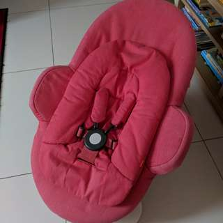 Stokke Steps Bouncer Red with Newborn Insert