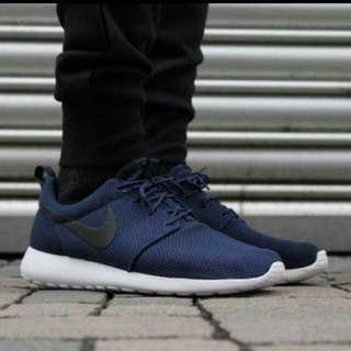 Us10.5/28.5cm/Nike Rosherun 海軍藍慢跑鞋