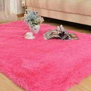 Karpet Bulu uk. 200 x 150 x 4cm
