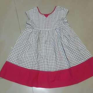 dress kotak poney