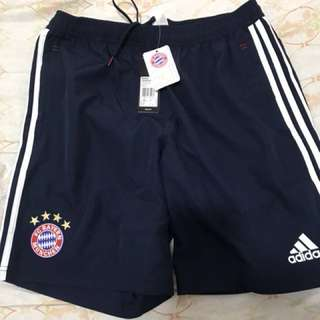 Adidas 拜仁慕尼黑 運動短褲