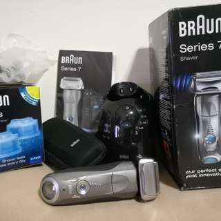 BRAUN SERIES 7 790cc Clean and Renew