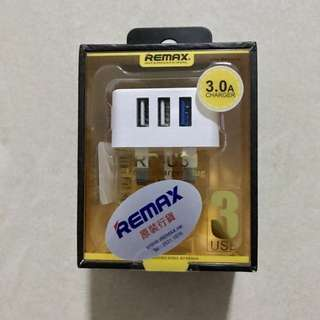 Remax 3USB charger 3.0A