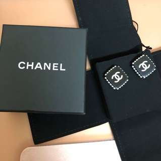 🔥🔥🔥100% AUTHENTIC CHANEL EARRINGS🔥🔥🔥🔥🔥