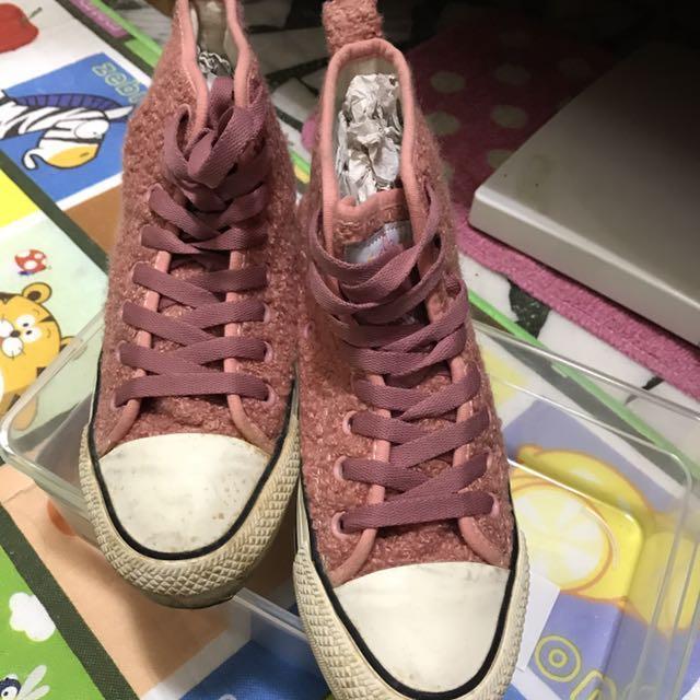 ann's careber 毛絨高筒鞋