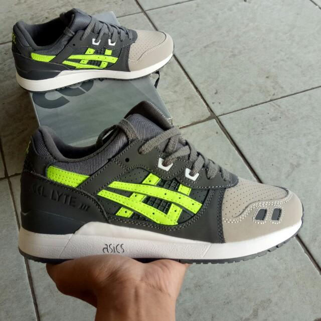 wholesale dealer dab3b 18038 ASICS GEL LYTE III X RONNIE FIEG SUPER GREEN, Men's Fashion ...