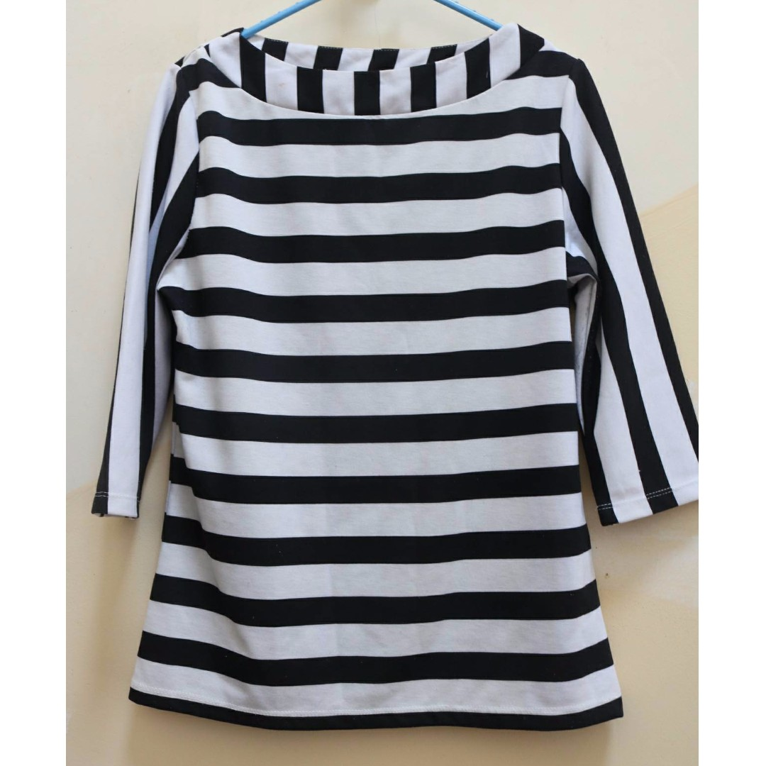 Black white striped top