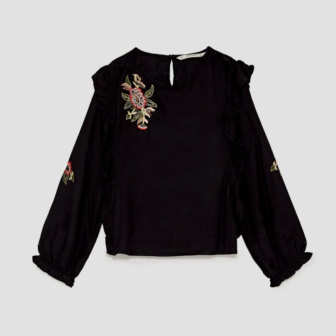 Zara Black Top With Floral Embroidery Size SMALL /& MEDIUM BNWT