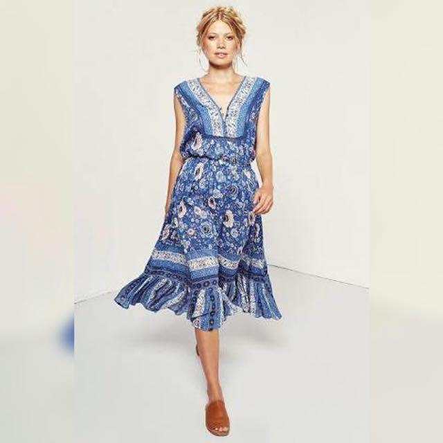 Cast Your Spell In This Gypsy Print Zahara Indigo Midi Skirt. Large. Bnwt. Rayon.
