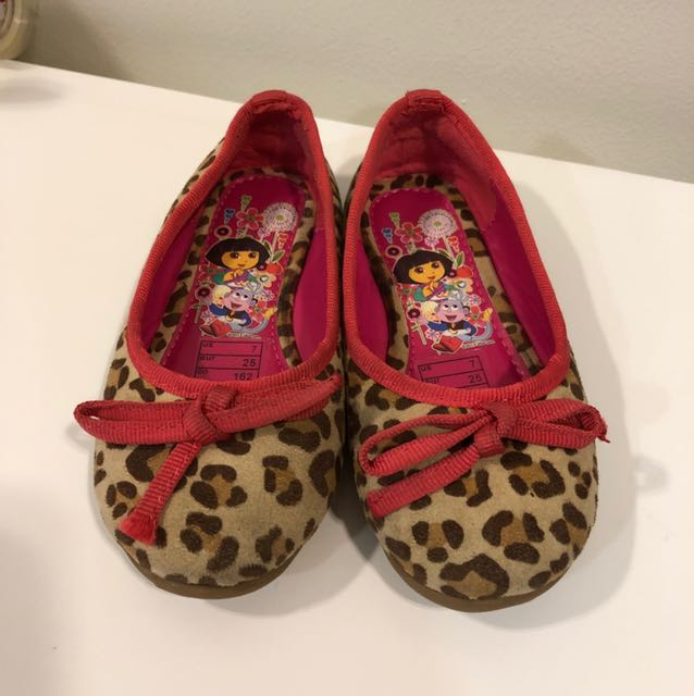 Dora the explorer shoes