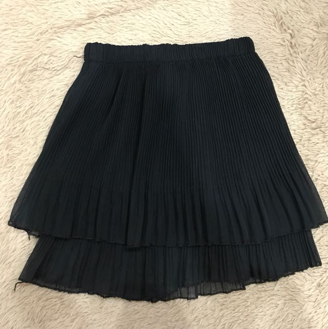 Doubled tiered pleated skirt