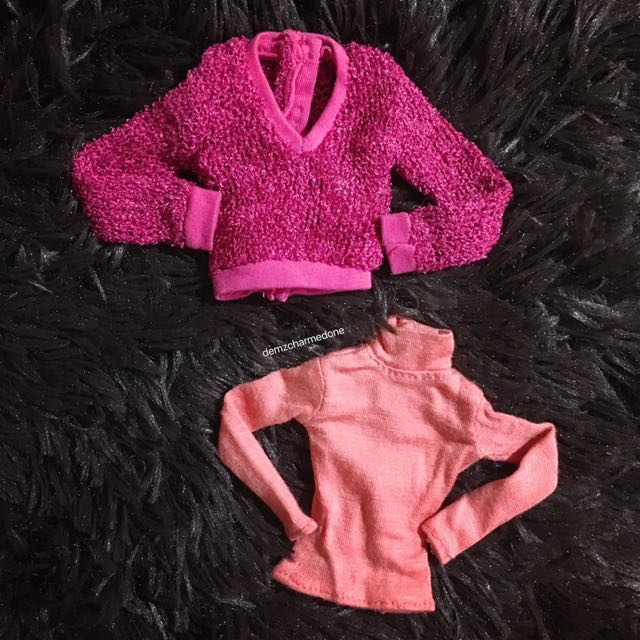 DYNAMITE GIRLS' SWEATERS (Sold as Set)