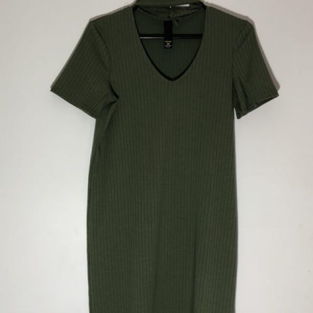 Factorie choker V-neck bodycon dress