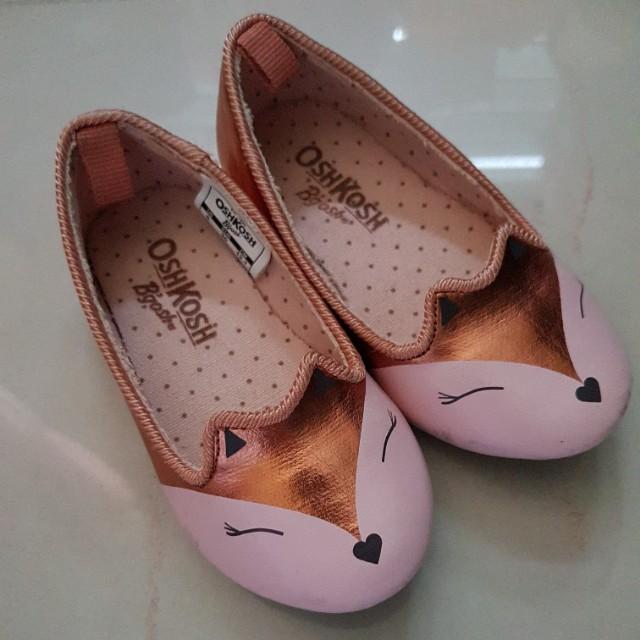 f7289f364b1e0 Lower for quick sale! Oshkosh Fox foxy Girl Shoes, Babies & Kids ...