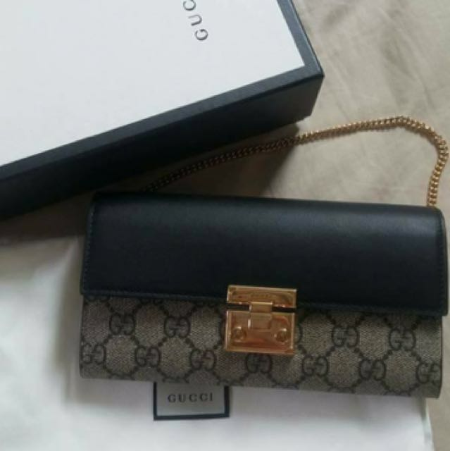 ff0041a2bd4 Gucci Padlock Continental Wallet