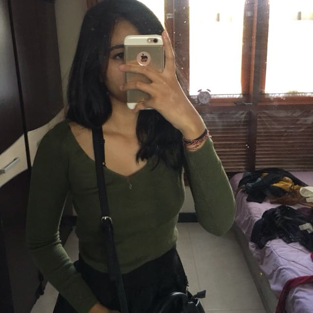 H&M green long top
