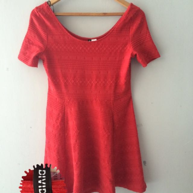 H&M Imlek Red