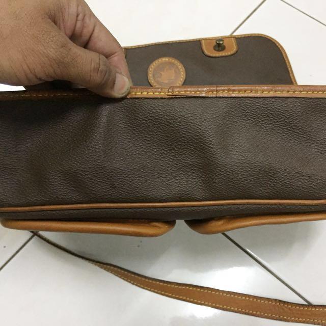 863ce86e22 Hunting World sling bag