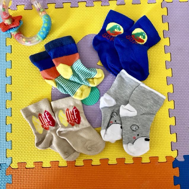 Kaos kaki mothercare utk newborn -6 month