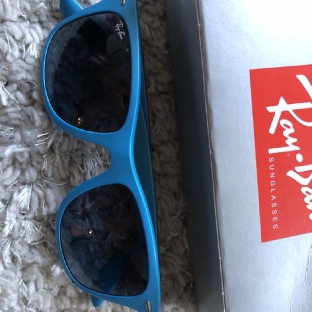 Limited edition Blue Ray Ban with box