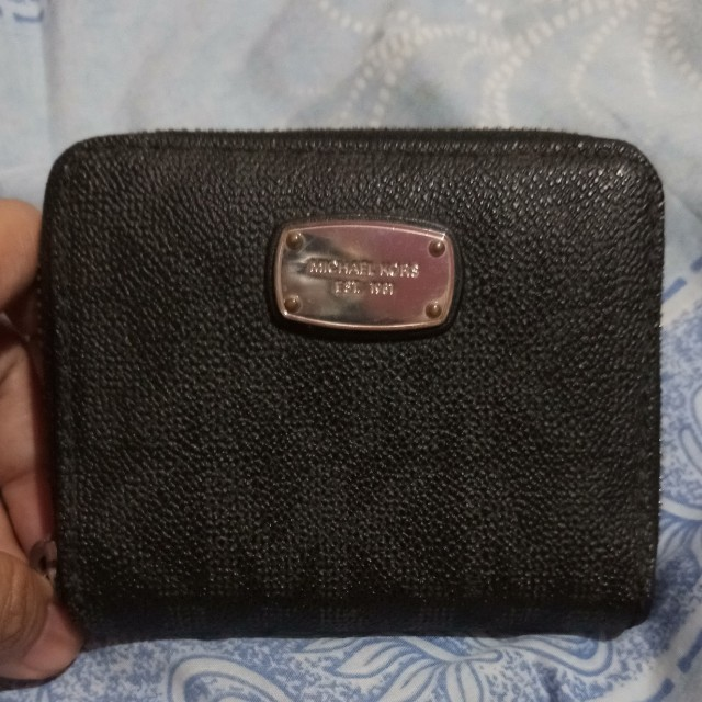 mk zip around wallet (auth)