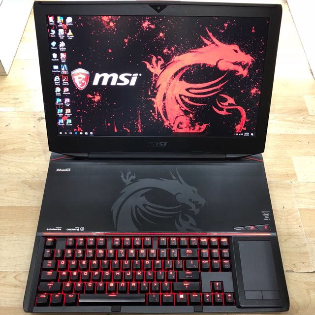 "MSI GT80 2QE Ultimate Gaming 18"" GTX980m 8GB DDR5 Graphic !!"