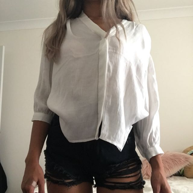 ✨on hold✨ H&M white cotton blouse