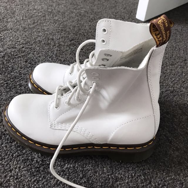 Pascal doc martens US7 accepting offers