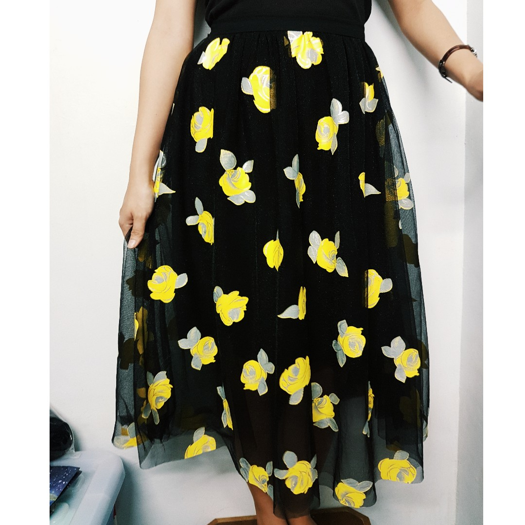 REPRICED 🌟FREE SHIPPING MM Season Wind Floral Maxi Skirt