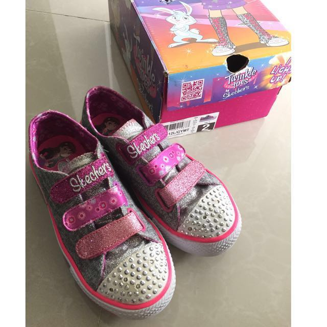 Skechers Twinkle Toes Girl Size USA2
