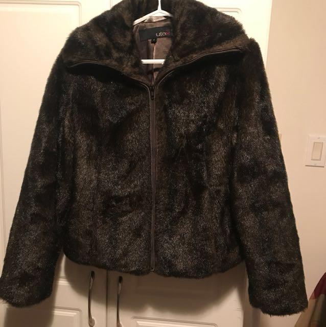 Small faux fur coat