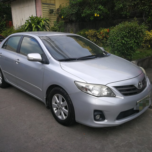 Toyota Altis 1.6G AT 2012