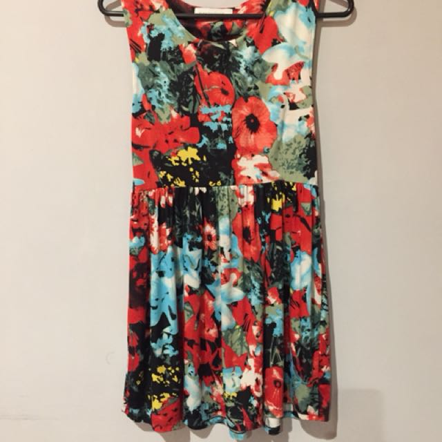 Zara dress bunga