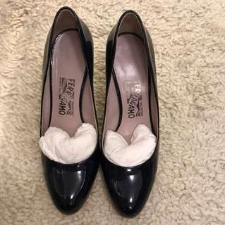 Ferragamo patent blue high heels. In very good condition!